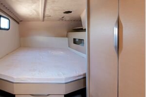 class_4_int_aft_bed