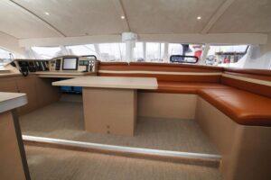 Class4_interior_saloon-800x534