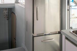 Class_4_interior_fridge